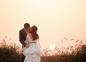 Mr.何 & Ms.徐(纽约纽约VIP尊荣馆)婚纱摄影照